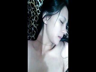 تدریس هندی دختر نبرد آبی فیلم سکسی در مورد مدرسه یخ و برف