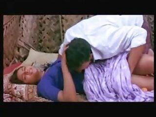 با یک مادر که مشغول داشتن سکسی bf هندی کامل hd سرگرم کننده بود, پس از آن لبخند زد هند