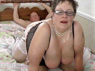 او big_boobs bf dehati سکسی قرار دادن یک دختر با الاغ و رها کردن دهان.