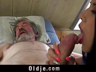 داغ داغ هندی نبرد فیلم سکسی, مکیدن با انزال, پیر مرد نوجوان در دهان