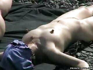 آنها را لینا bf سکسی bf هندی نبرد ساحل به خرابه و استفاده از زیبایی او
