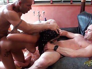 دختر انجام هر ویدئو double_penetration گائون کی مصاحبه
